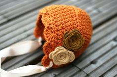 Crochet Newborn Bonnet. Cute colors!