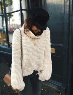 Chunky knit sweater + baker boy cap.