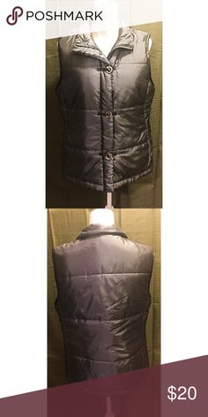Unique Metallic Puff Vest A beautiful metallic vest! Excellent condition! Pair with a white top and black pants for an awesome classic look! Tweeds Jackets & Coats Vests