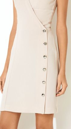 Vestido Com Top Alfaiataria Nude : Vestido Com Top Alfaiataria Nude Nice Dresses, Casual Dresses, Dresses For Work, Sewing Blouses, Kurti Neck Designs, Fashion Project, Fashion Sewing, Moda Fashion, Women's Fashion Dresses