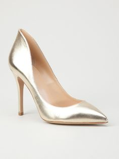 Gold shoes. metallic heels