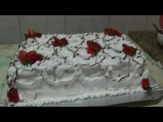 YouTube Short Niña, Frosting, Birthday Cake, Cupcakes, Desserts, Blog, Cake Ideas, Creme, Youtube