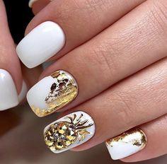 96 Lovely Spring Square Nail Art Ideas - My best nail list Foil Nail Designs, Short Nail Designs, Acrylic Nail Designs, Pedicure Designs, Gel Pedicure, Pedicure Ideas, Square Acrylic Nails, Square Nails, White Nail Art