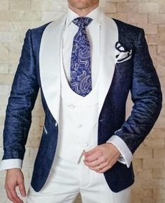We at Manhattan Bespoke Custom Tailor Best Bespoke Tailor in Hong Kong, Perfect Tailor in Hong Kong.