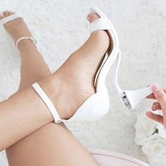 Be one of the first to grab a pair of convertible heels. Cute Shoes, Me Too Shoes, Fancy Shoes, Bridal Shoes, Sexy Wedding Shoes, Look Cool, Just In Case, Ankle Strap, Marie