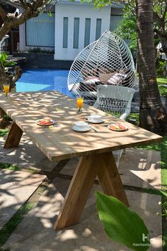 When you start shopping for outdoor furniture, you might wonder why teak outdoor furniture is so popular. In this article, I'll give some of the reasons why teak outdoor furniture is becoming very popular.