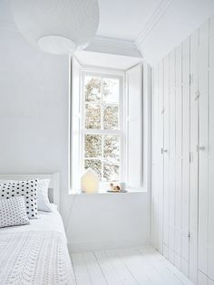 "delta-breezes: "" My Scandinavian Home "" I like white. All white. More white. White Rooms, Scandinavian Home, White Houses, White Decor, All White, Pure White, My New Room, Beautiful Bedrooms, Homemade Home Decor"