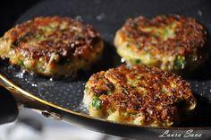 Chiftelute de post cu legume Vegan Recipes, Cooking Recipes, Salmon Burgers, Ethnic Recipes, Food, Salads, Vegane Rezepte, Chef Recipes, Essen