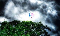 Cerro Ancon, Bandera de Panamá