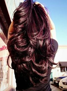Long hair with blunt layers