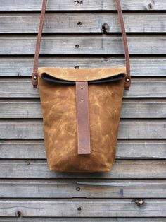 waxed canvas day bag/ small messenger bag/ field by treesizeverse