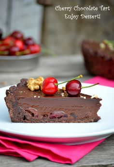 Cherry, chocolate and amaretto tart ~ Enjoy Dessert! Fun Desserts, Delicious Desserts, Yummy Food, Chocolate Cherry, Chocolate Cream, Biscuits, Cherry Tart, Sweet Pastries, Recipe For 4