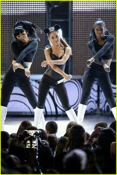 Ariana Grande 2014 Radio Disney Awards