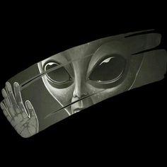 Alien T Shirt By Surgeryminor Design By Humans Trippy Alien, Alien Art, Alien Pictures, Alien Aesthetic, Alien Drawings, Aliens And Ufos, Ancient Aliens, Galaxy Wallpaper, Alien Iphone Wallpaper