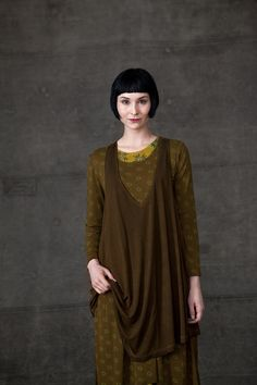 I don't normally wear thin knits, but like these layers AND the colors.  http://www.gudrunsjoeden.de/Blusen-Tuniken--40056d.html