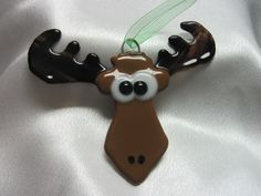 Fused Glass Christmas Moose Ornament Lynn or Steve Glass Christmas Decorations, Stained Glass Christmas, Glass Christmas Ornaments, Christmas Crafts, Fused Glass Ornaments, Stained Glass Suncatchers, Fused Glass Art, Stained Glass Projects, Stained Glass Patterns