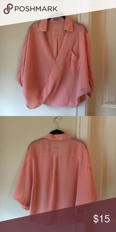 Pink flowy tee shirt blouse Adorable flowy layering blouse in excellent condition method Tops Blouses