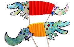 via Krokotak - Nile Crocodile paper toys Paper Crafts For Kids, Diy For Kids, Arts And Crafts, Crocodile Craft, Nile Crocodile, Reptile Crafts, Dragon Crafts, Art Lessons For Kids, Crafty Kids