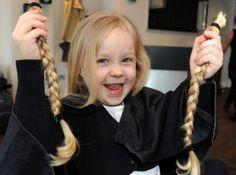 Συναντήσαμε τους εμπνευστές του πρώτου ελληνικού σωματείου δωρεάς μαλλιών σε παιδιά που πάσχουν από καρκίνο. Donating Hair