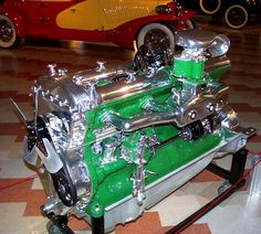 Duesenberg Straight 8 Engine, seriously impressive for their day!