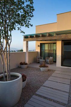 Casa Miguel Ángel : Terrazas de estilo translation missing: mx.style.terrazas.moderno por Rousseau Arquitectos