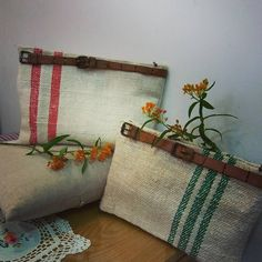 #Embroidery#stitch#needlework#Hemp linen#Hemp linen bag #프랑스자수#일산프랑스자수#자수#자수타그램#자수소품#햄프린넨#햄프린넨 클러치 #이 계절부터  내곁에 찰싹 붙어있는 아이~ 동시에 두개 만들었네~