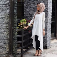 """I've never been a little black dress girl ▫️▫️#LittleWhiteDress #HijabFashion #MyStyle"""