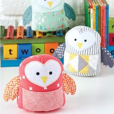 Patchwork pillow pattern templates sewing projects 39 ideas for 2019 Sewing Toys, Free Sewing, Sewing Crafts, Softies, Owl Sewing Patterns, Sewing Stuffed Animals, Stuffed Toys, Plush Pattern, Free Pattern