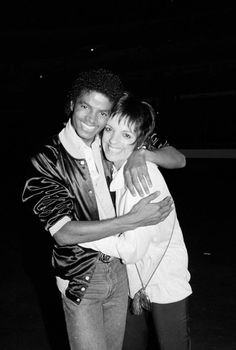 "Michael and Liza Minelli  -<★>- ""Liza is a friend I have always cherished. She's like my show business sister. We have a great time together!"" ~ Michael Jackson"