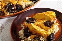 Un délicieux plat de poitrines de poulet aux abricots et curry pour votre repas principal, en quelques minutes et voila votre plat sur table.