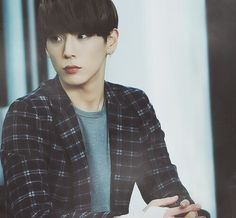 I think this is one of the only good pictures I've seen of Himchan