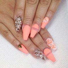 Peachy nails