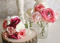 pink and white wedding bouquet and flowers