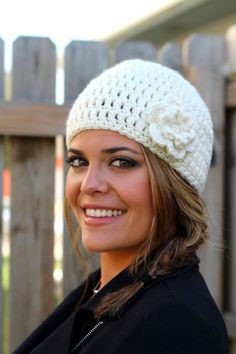 Easy Peasy Woman's Winter Hat {Pattern} - http://crochetingthedayaway.blogspot.com/2011/11/this-hat-is-really-easy-i-am-happy-to.html