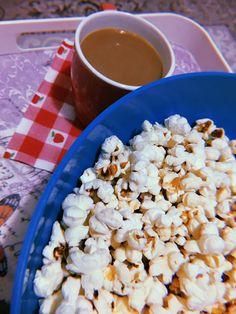 Breakfast Recipes, Snack Recipes, Snacks, Coffee Shake, Coffee Latte Art, Instagram Party, Tumblr Food, Pop Corn, Snap Food