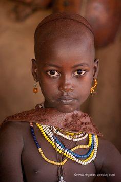 La Galerie - BenoitFERON-Regards d'ailleurs-Baydé, jeune fille Hamer, village de Turmi, vallée de l'Omo, Ethiopie -115824