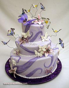 3 Tier Topsy Turvy Cake | http://blog.pinkcakebox.com/3-tier-topsy-turvy-cake-2007-08-19.htm