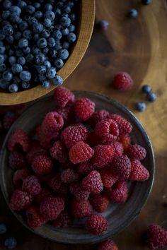 #Wild #Blueberries + #Local #Raspberries on #Applewood #Board #FoodPhotography #Foodprops #Photography #Foodblog #Fruit #Dark #Moody #100mm #Food
