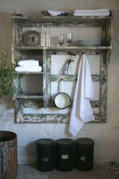 Kitchen shelf of Jeanne d'Arc Living with a beautiful patina - Jeanne d'Arc Living keukenrek, prachtig in een brocante woonstijl