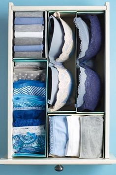 Organize drawers with shoebox lids-- There's no need to buy pricey drawer organizers when you've got… shoebox lids. These shallow containers are perfect for wrangling beauty products, office supplies and other small-scale essentials. Line them with craft paper if you're feeling fancy. | 7 Simple Storage Hacks That Cost $0 via @PureWow