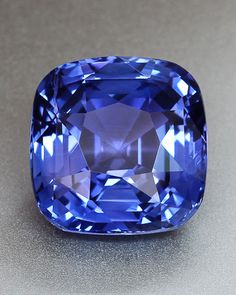 Diamond Gemstones Violet Blue Sapphire from Sri Lanka You are going to wear this? Diamond Gemstones Yellow Diamond Sells for a Minerals And Gemstones, Crystals Minerals, Stones And Crystals, Gem Stones, Sapphire Earrings, Sapphire Gemstone, Blue Sapphire, Blue Gem, Gems Jewelry