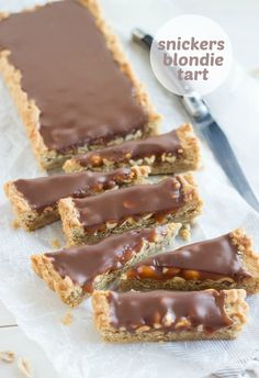 SNICKERS BLONDIE TART