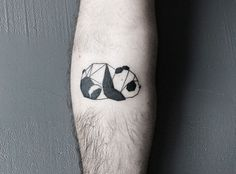 panda / nature / animal / geometry / shapes / lines / origami / arm tat