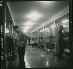March 1958 am private Elvis Presley makes his bed for the first time. Cameras were not allowed in the barracks so this was taken through the door. Elvis Presley Army, First Time, Cameras, March, Random, Bed, Stream Bed, Camera, Beds