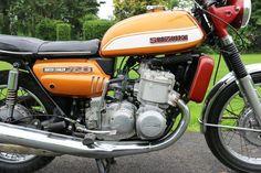 Suzuki GT750 J 3 Zylinder - 1972