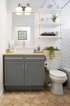 41 Cool Small Studio Apartment Bathroom Remodel Ideas - Page 27 of 43 Shelves Above Toilet, Bathroom Storage Shelves, Bathroom Organization, Cabinet Above Toilet, Towel Storage, Bathroom Storage Over Toilet, Hanging Shelves, Simple Bathroom, Master Bathroom