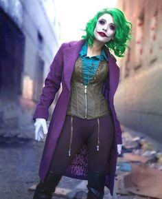 Joker cosplay by 📷: Jared Leto Joker Cosplay, Female Joker Cosplay, Catwoman Cosplay, Joker Halloween Costume, Couple Halloween Costumes, Halloween Makeup, Happy Halloween, Cosplay Outfits, Cosplay Girls