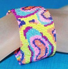 Mokume Gane in Summery Bright Colors ... Peyote Bracelet . Beadwoven Cuff . Beadwork . Pastel . Wood Grain . Abstract . Colorful