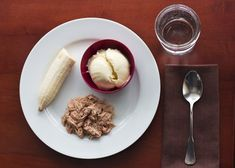 Military Diet: Lose Up To Ten Pounds In Three Days *** DINNER DAY THREE ***  1 cup tuna ~ 1/2 banana ~ 1 cup vanilla ice cream