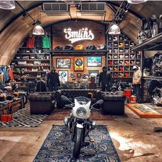 Man Cave Garage Ideen im Jahr 2019 Man Cave Ideen Man Cave Man Cave design ideas design ideas diy ideas for men ideas man cave ideas organize Man Cave Garage, Garage House, Garage Cafe, Cave Man, Man Cave Home Bar, Man Caves, Man Cave Loft, Motorcycle Workshop, Motorcycle Garage